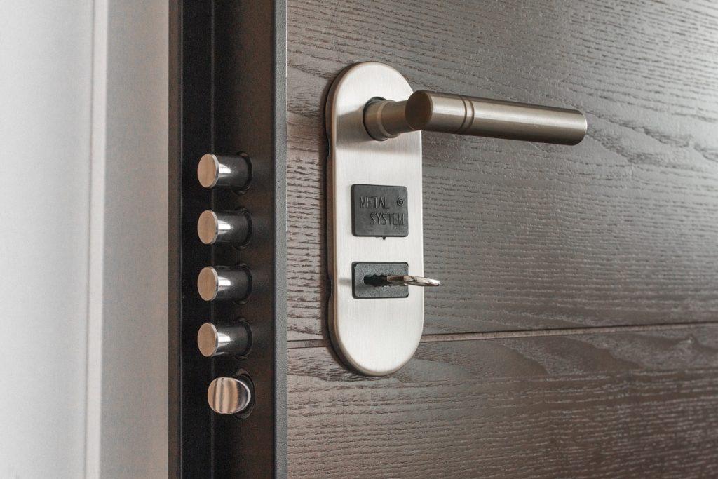 door handle key